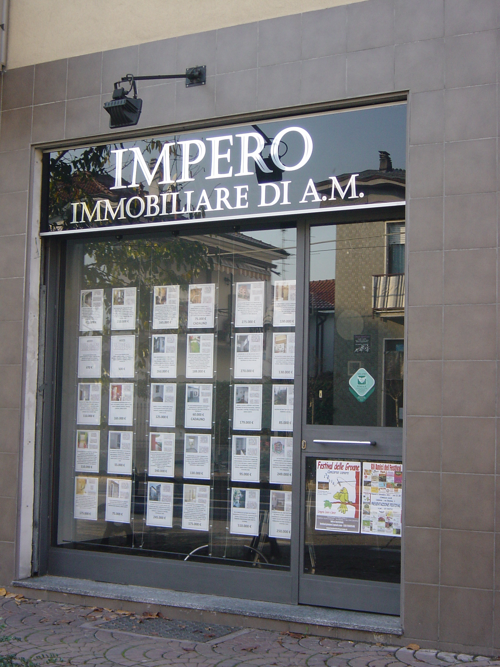 Appartamento in vendita a varedo trilocale 67 mq for Seconde case impero in vendita